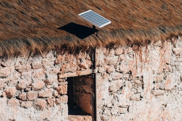 Los mejores kits de placas solares portátiles para ahorro de energía